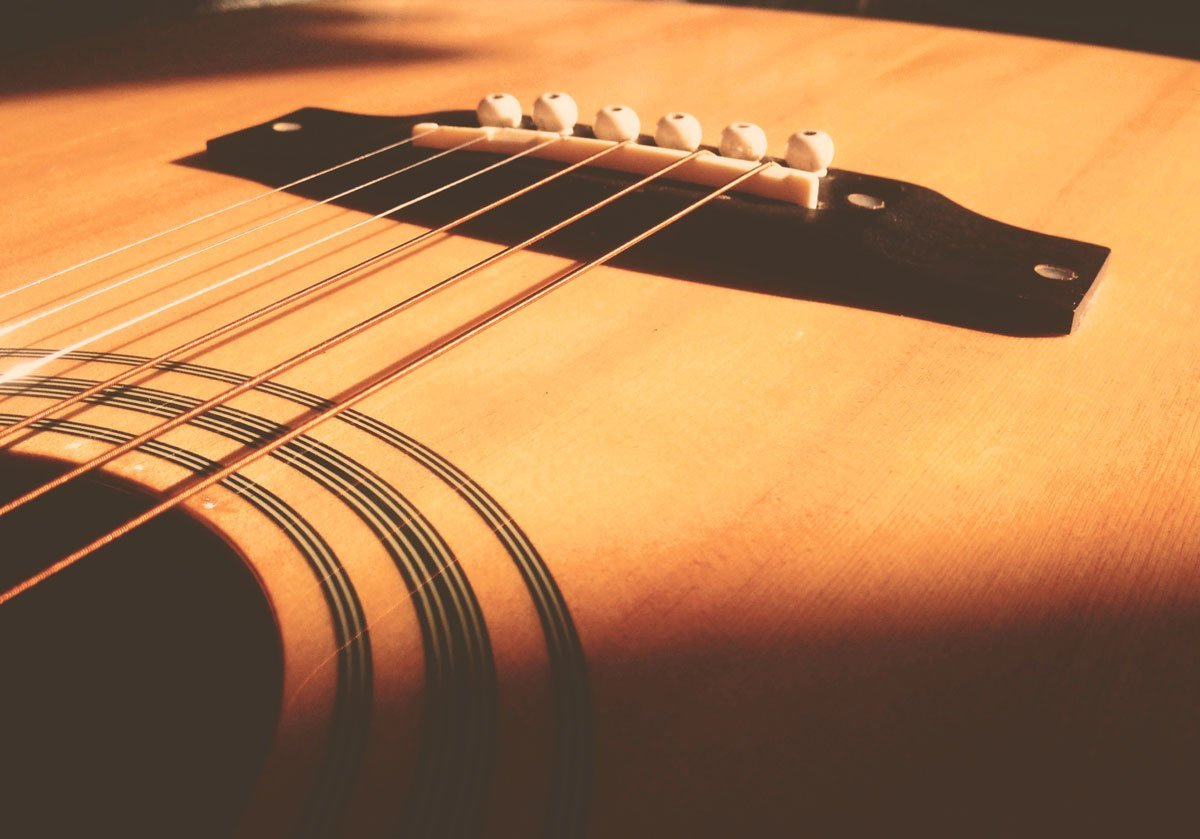 7 Guitar String Care Tips