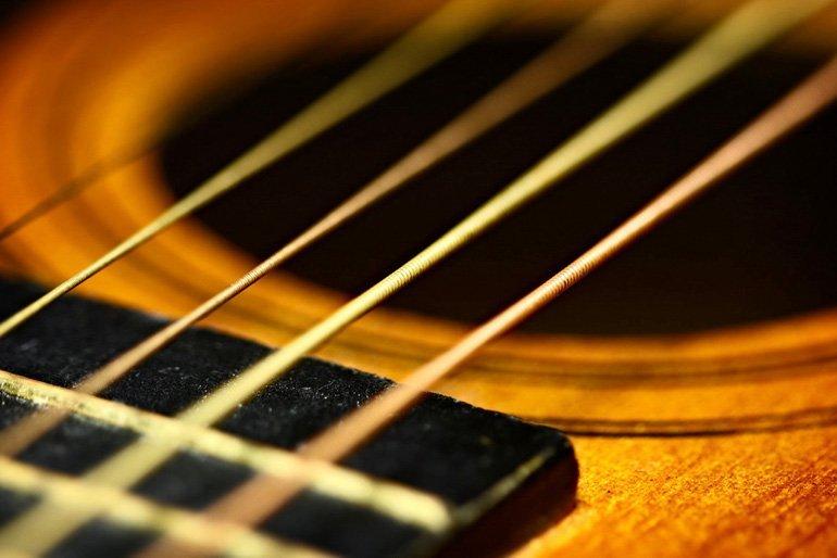 Choosing String Gauges for Acoustic Guitar